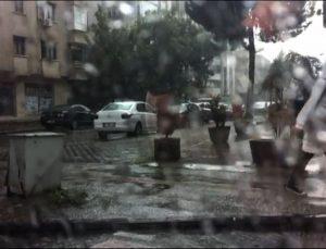 Gaziantep'te yağmur hazırlıksız yakaladı