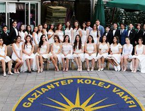 GKV mezunları balo ile okullarına veda etti