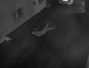 Hırsızlık yapmak isterken üçüncü kattan düşüp öldü