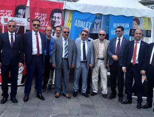 İYİ Parti Gaziantep teşkilatı İstanbul'da sahaya indi