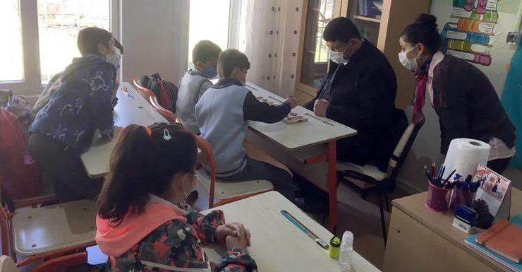 Öğrencilere mangala oyun seti