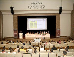 Şahin, Gastroantep Festivali öncesi sektör temsilcileriyle toplandı