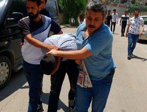 Sahte polisi dilenci kılığına giren gerçek polisler yakaladı