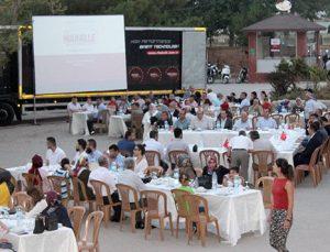 """Suriyeliler ile Türkler """"Mahalle Buluşmaları"""" etkinliğinde bir araya geldi"""