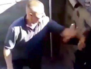 Yengelerini dövüp bıçakla saldırdı