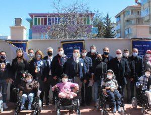 Gaziantep'te Spina Bifidalı Çocuklar Akülü Tekerlekli Sandalyelerine Kavuştular