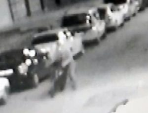 Motosiklet hırsızı kameraya yakalandı