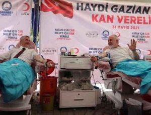 ÜLKEYE KAN, GAZZE'YE AMBULANS, BAĞIŞÇIYA BİSİKLET