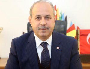 """""""EMEKÇİLER BAŞ ÜSTÜNDE TUTULMALI"""""""